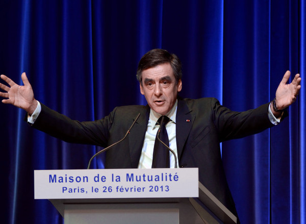 FRANCE-POLITICS-PARTY-UMP-FILLON